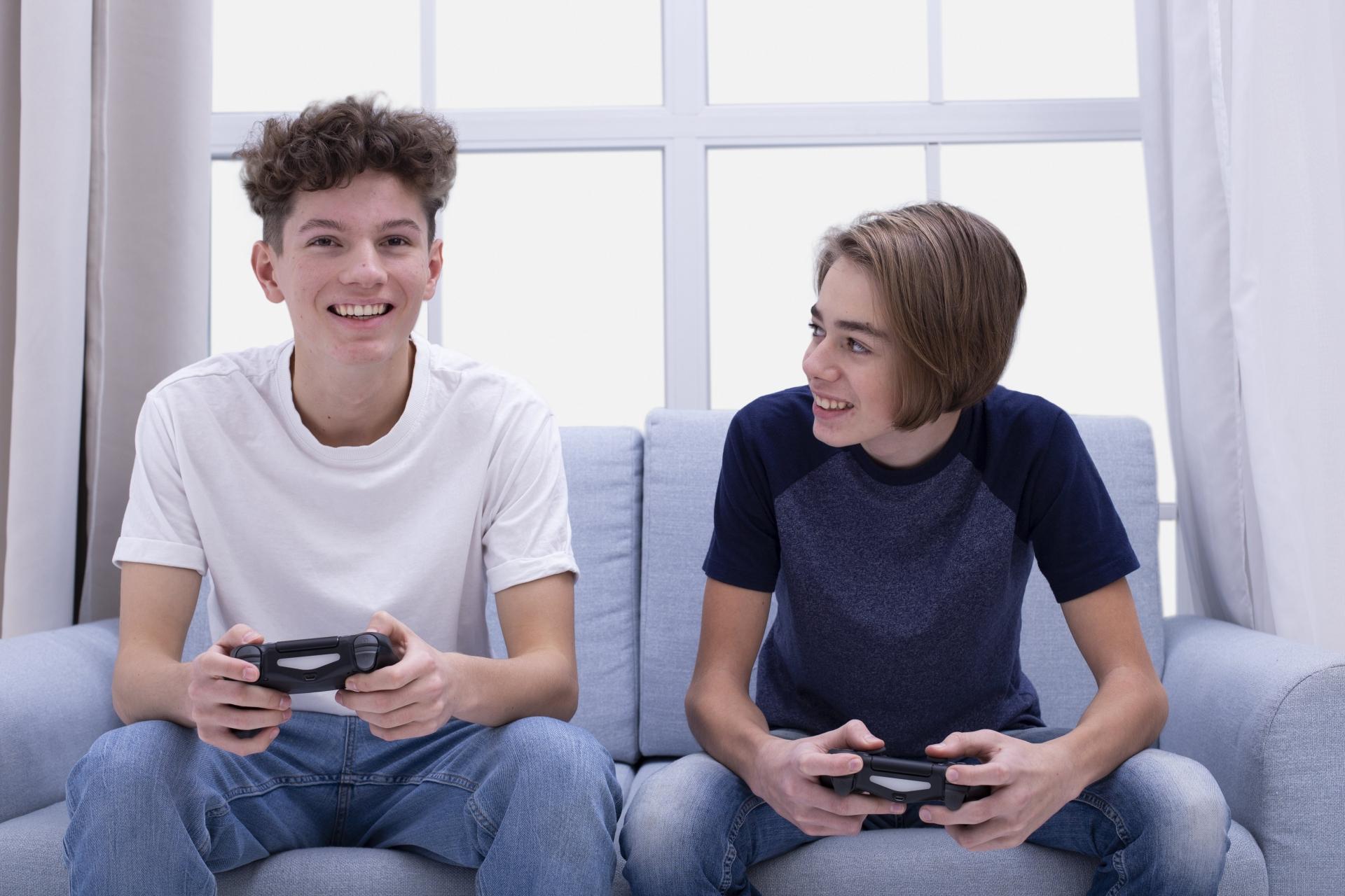 ゲームが好きな女の子と出会える場所はどこ?のキービジュアル